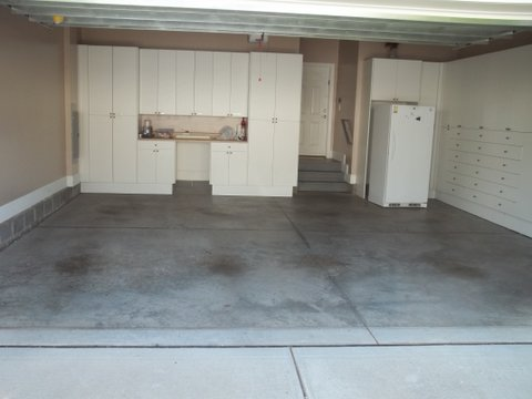 Garage floors house window gutter cleaning pressure for Garage floor maintenance